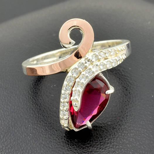 """Серебряное кольцо """"Сильвия"""", вставка малиновый фианит, вес 4.75 г, размер 17"""