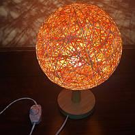 Настольная лампа с мягким светом