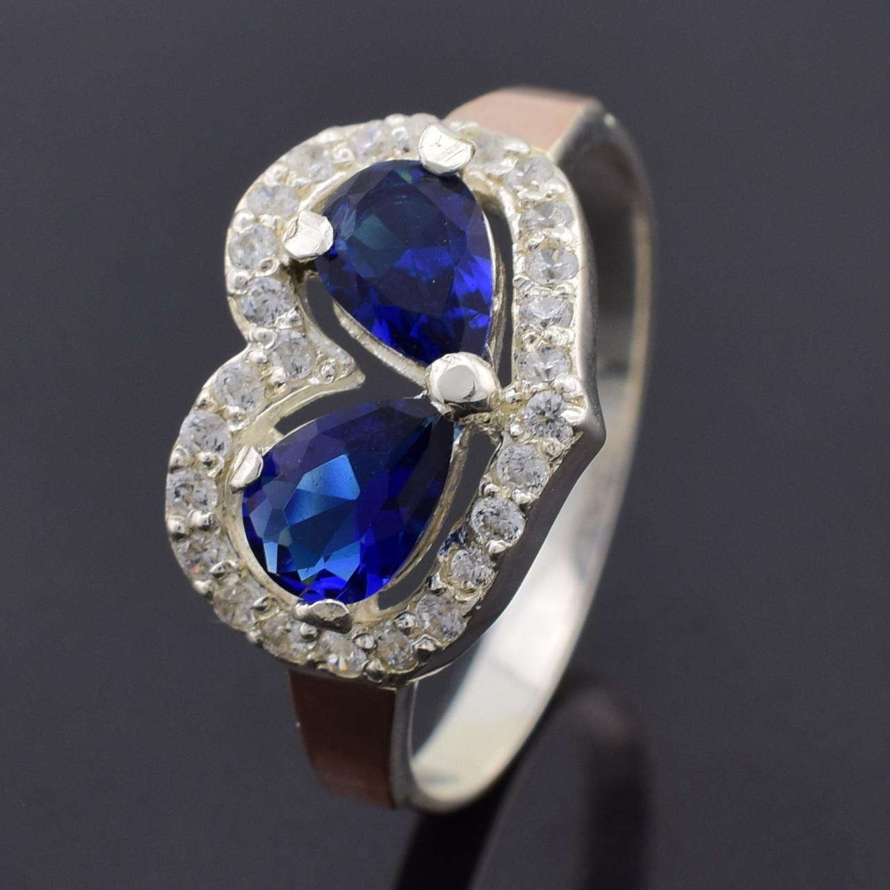 """Серебряное кольцо """"Любовь"""", синие фианиты, вес 3.9 г, размер 18"""