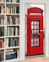 """Фотообои на дверь самоклеящиеся """"Английская телефонная будка""""."""