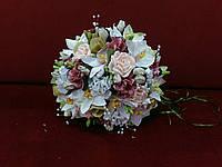Свадебный букет-дублер из орхидей в бело-персиковых тонах