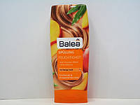 Бальзам - кондиционер для поврежденных и сухих волос Balea Feuchtigkeit 300мл