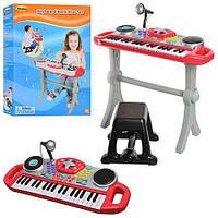 Детский синтезатор WinFun со стульчиком