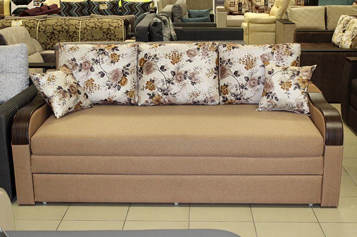 Розкладний диван з декоративними накладками
