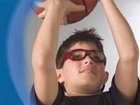 Спортивные очки на страже детских глаз