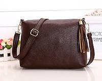 Женская сумка коричневая из мягкой экокожи с кисточкой через плечо опт, фото 1