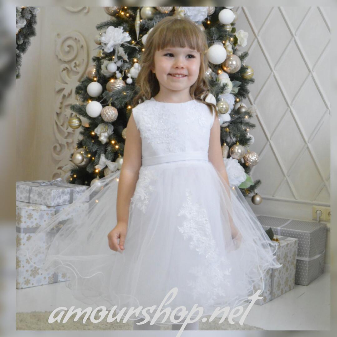 Белое платье детское, нарядное, пышно. 3-4 года