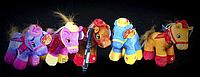 Игрушка Лошадка 20 см в шляпе мягкая игрушка на присоске