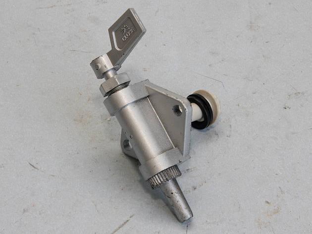 Кран топливный (R170 дизельный), фото 2