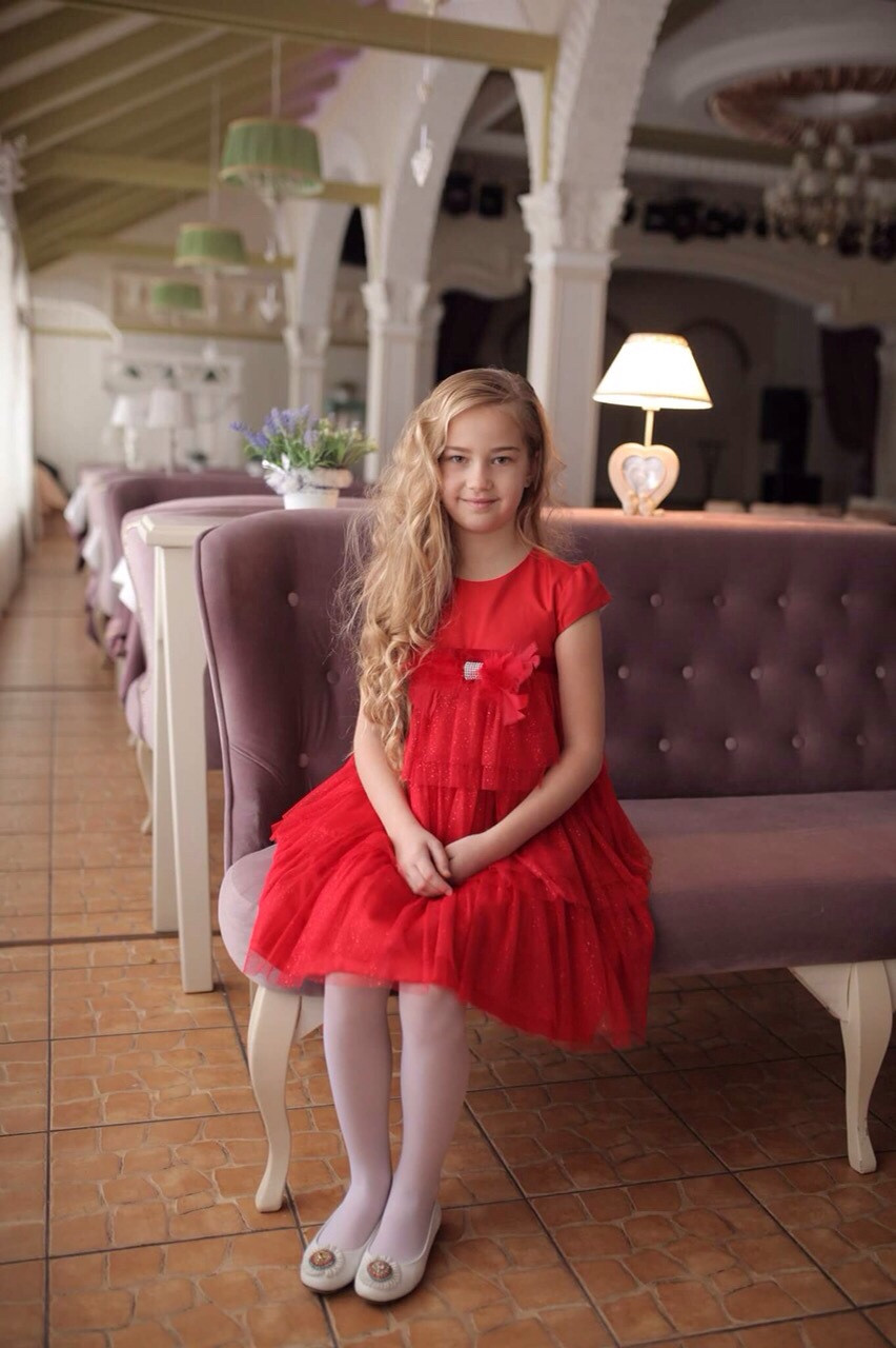 Платье для девочки красное Daga нарядное р.122