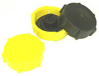 82-1103010 Крышка бака топливного (пласмас)
