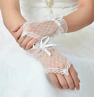 Короткие нежные свадебные митенки (перчатки без пальцев), белые, с бантиком, митенки сетка