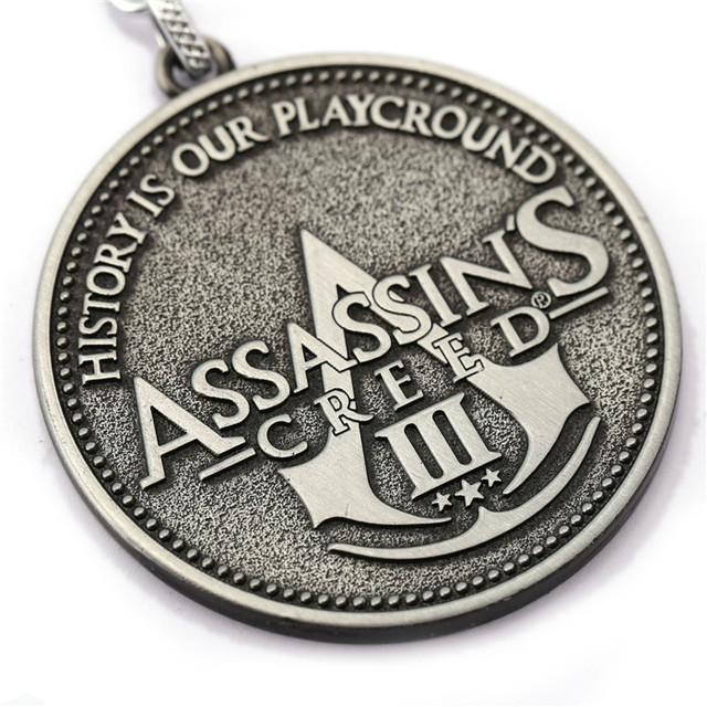 размеры брелока Assassin's Creed