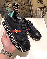 Женские кроссовки со стразами Gucci