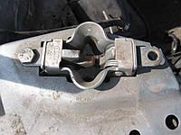 Замки на капот Mercedes 210