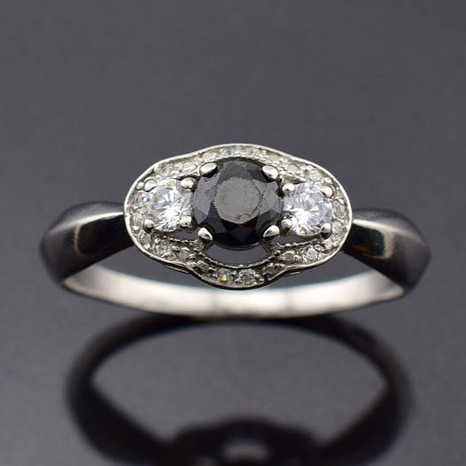 """Серебряное кольцо """"Монро"""", размер 19, вес серебра 2.1 г, чёрный фианит"""