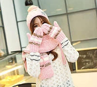 Вязаный комплект женский шапка, шарф и варежки Caple pink