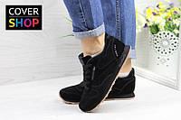 Кроссовки женские Reebok Classic Leather since 19, цвет - черный, материал - замша