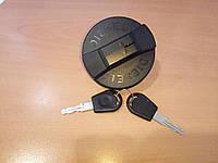 Крышка топливного бака с ключом LE10825.T