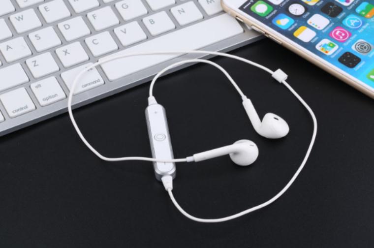 Блютуз бездротові навушники S6 4.1 в білому кольорі! Стерео бездротова гарнітура!