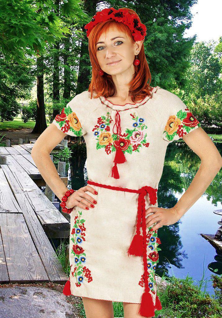 Изумительное вышитое платье Диана