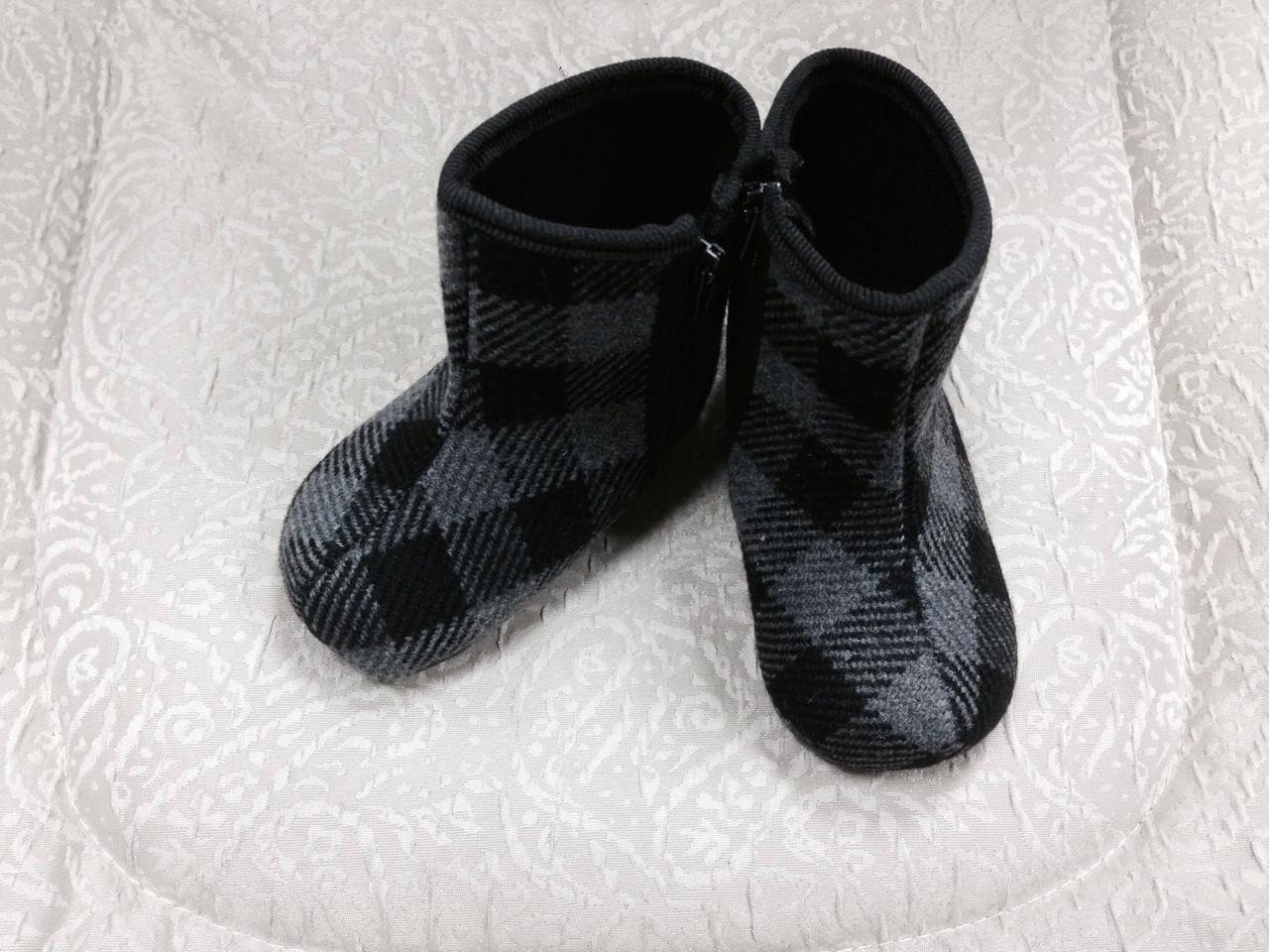 Пінетки-черевики в клітинку
