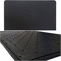 Универсальный резиновый коврик для автомобиля 30х47 см