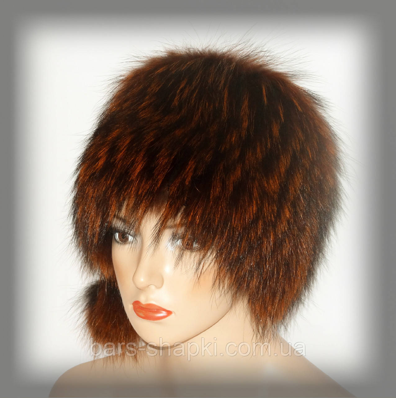 Меховая шапка из енота (рыжая кубанка)