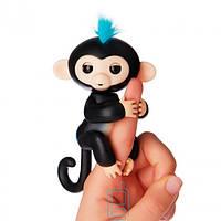 Интерактивная ручная обезьянка Fingerlings Finn Fun Monkey черная