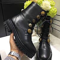 Женские высокие ботинки со шнуровкой и украшениями Dolce&Gabbana