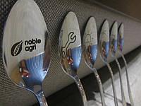 Услуга лазерной гравировки на столовых приборах подарок для коллектива сувенир на корпоратив