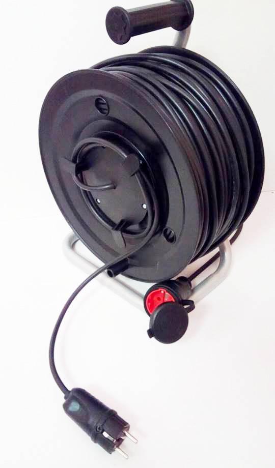 Удлинитель на катушке с выносной розеткой 20м (2х1,5) 3 кВт