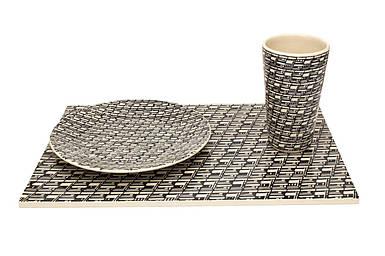 Кружка, тарелку и поддон в комплекте стол Оскар Zięta 3
