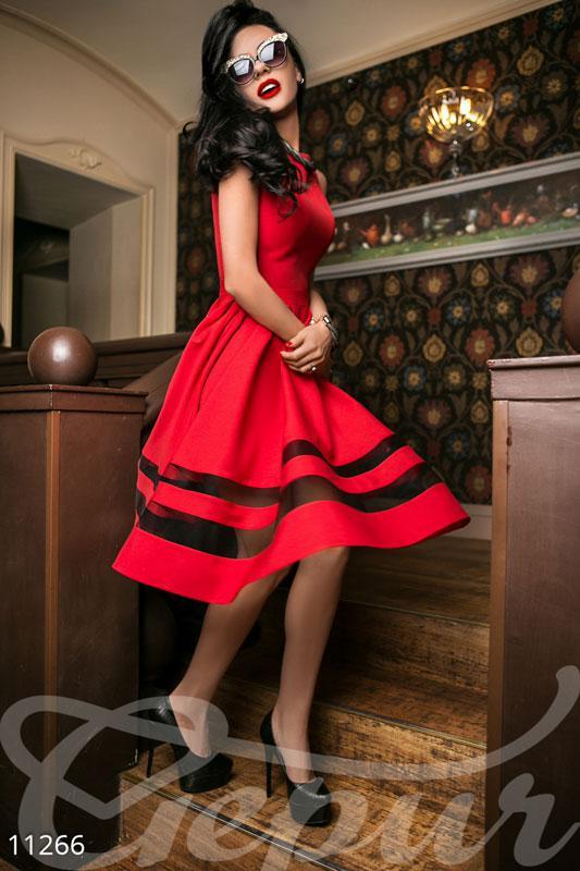 Красное коктельное платье миди