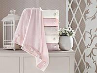 Набор банных трикотажных полотенец 70х140 Pupilla Daisy 3D, вышивка