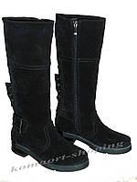 Женские замшевые сапоги на низком  каблуке, черные V 1070