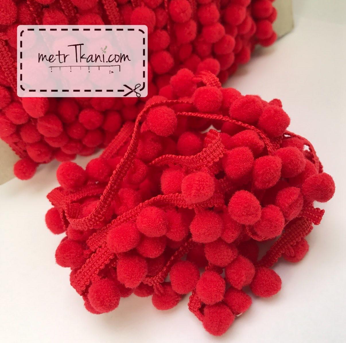 Тасьма з помпонами червоного кольору d10мм