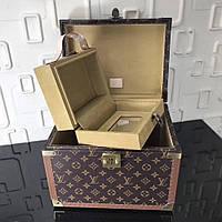 Чемодан для косметики Louis Vuitton