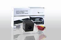Камера заднего вида Falcon SC83HCCD (Mecrcedes Benz B200)