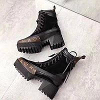Женские комбинированные ботинки на каблуке Louis Vuitton