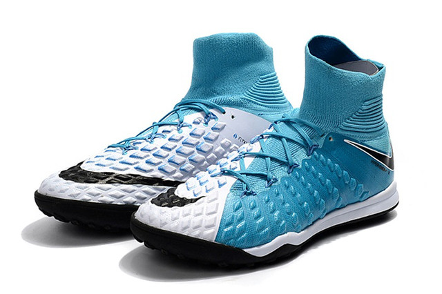 Футбольные сороконожки Nike HypervenomX Proximo II DF TF