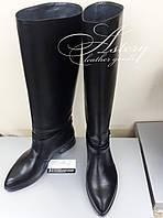 Женские черные кожаные сапоги на низком ходу