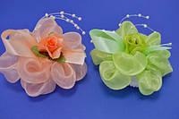 Бант на резинке, оранжевый и зеленый, бусины, роза (4 шт)