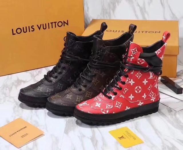 a7a0796f331a Женские высокие ботинки на шнуровке с принтом Louis Vuitton - Люкс реплики  брендовых сумок, обуви