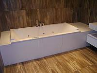 Отделка ванной  и тумбы  искусственным  камнем. Мойка изготовлена из камня Corian в цвет столешницы.