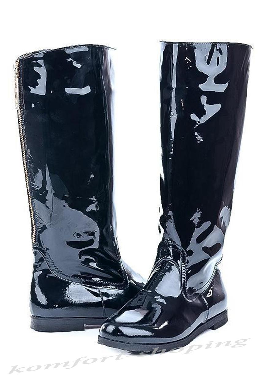 Женские сапоги лаковые, черные V 761