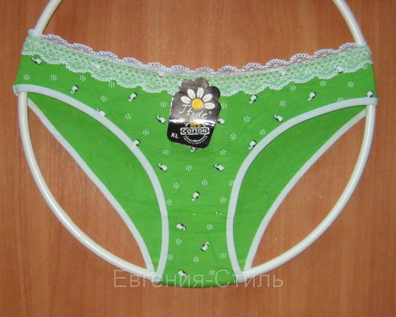 Плавки женские зеленые, хлопковые, с кружевом. Размер 44-46