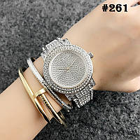 Женские часы серебристого цвета Michael Kors  (261)