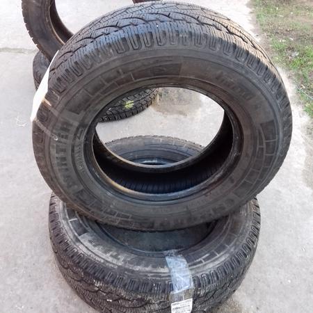 Бусовские шины б.у. / резина бу 215.70.r15с Pirelli Chrono Пирелли