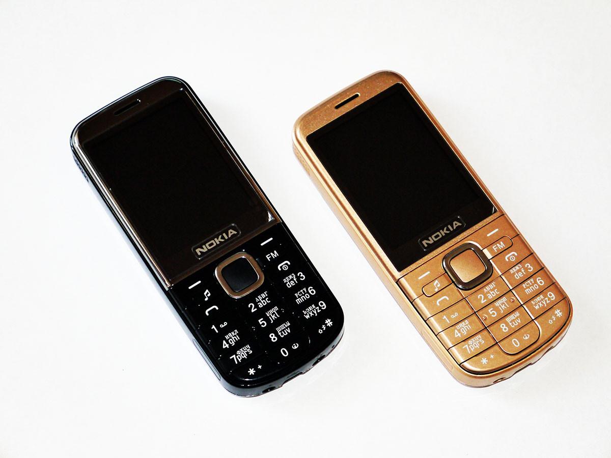 "Телефон Nokia 6720 - 2,2"" + 2Sim + Camera + Bluetoth + FM"
